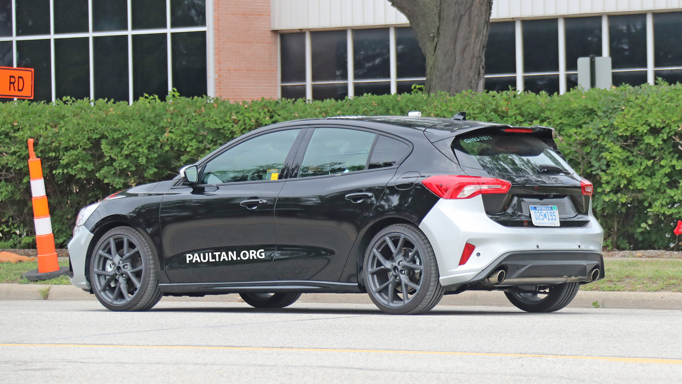 Spied 2019 ford focus st 275 hp from 1 5l 3 cyl