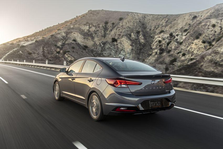2019 Hyundai Elantra Facelift – new looks, safety tech Image #853213
