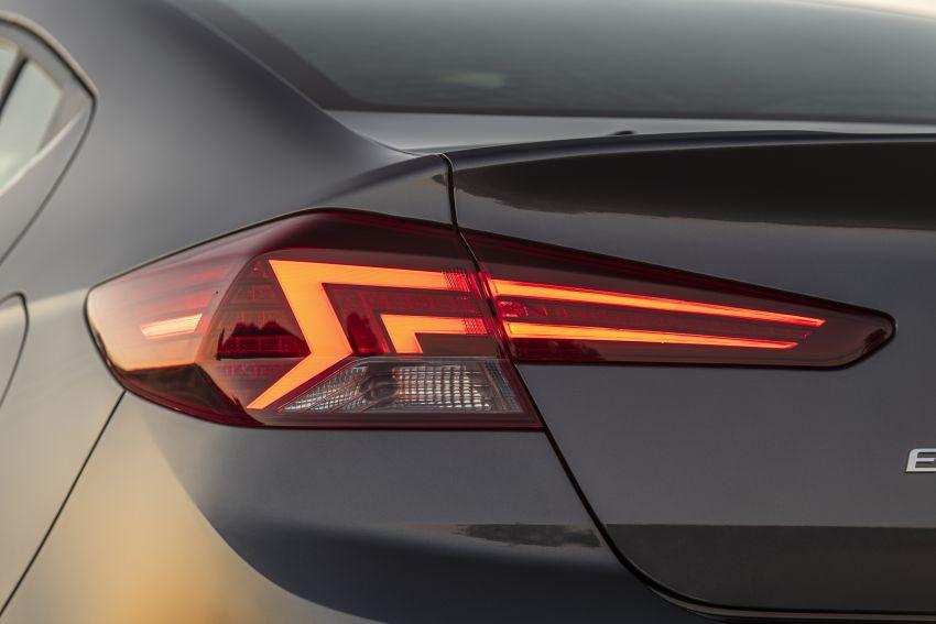 2019 Hyundai Elantra Facelift – new looks, safety tech Image #853215