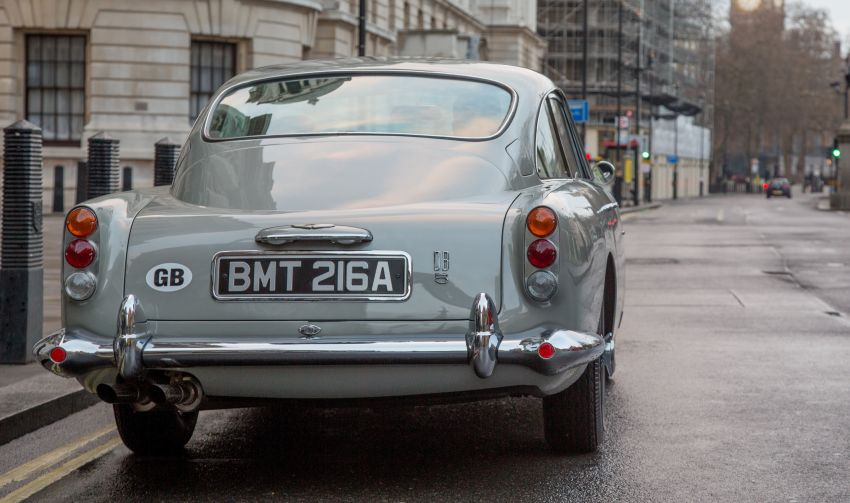 Aston Martin DB5 – Bond's ride being remade, 25 units Image #852749