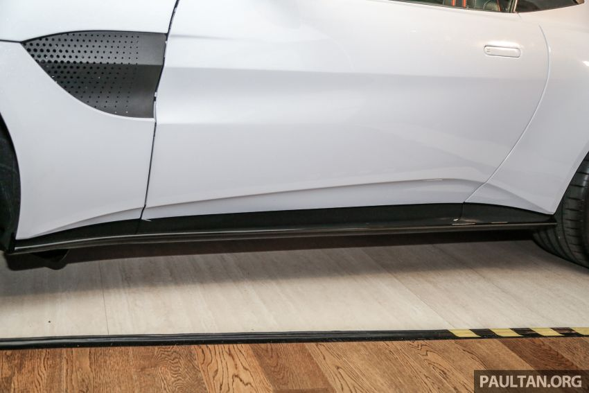 Aston Martin V8 Vantage 2018 kini dilancarkan di Malaysia – 510 PS, 685 Nm, harga dari RM1.6 juta Image #853271