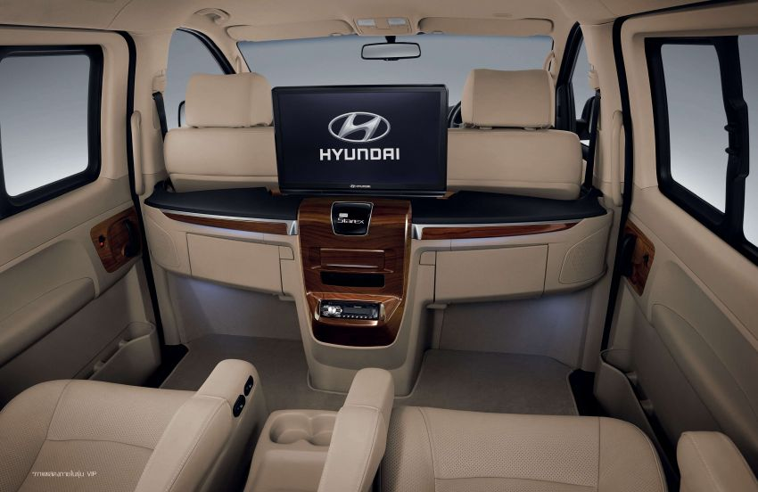 Hyundai Grand Starex facelift launched in Thailand Image #851673