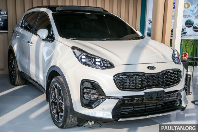 Giias 2018 Kia Sportage Facelift Sneaks Into The Show