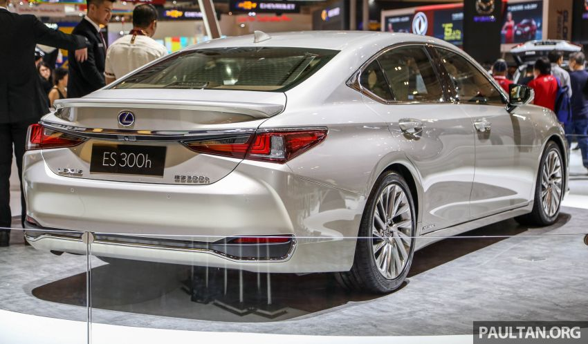 GIIAS 2018: New Lexus ES 300h launched in Indonesia Image #846537