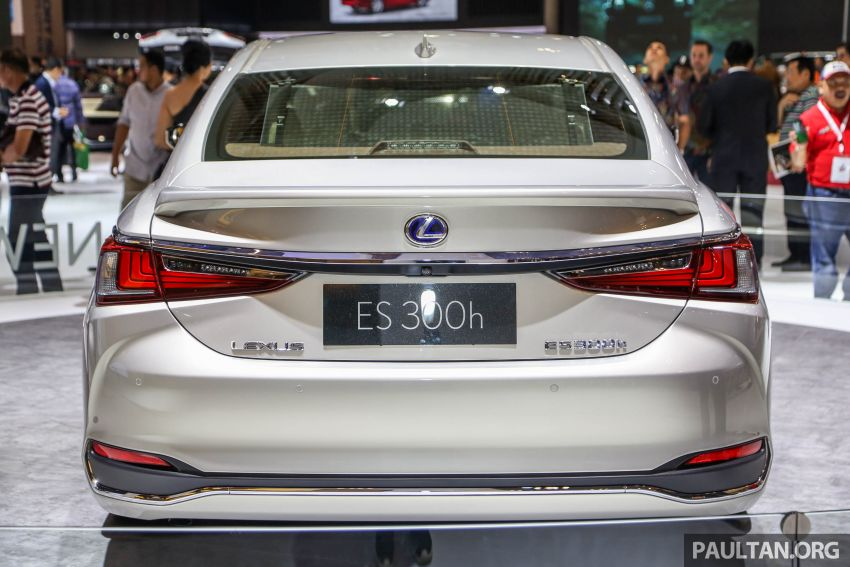 GIIAS 2018: New Lexus ES 300h launched in Indonesia Image #846539