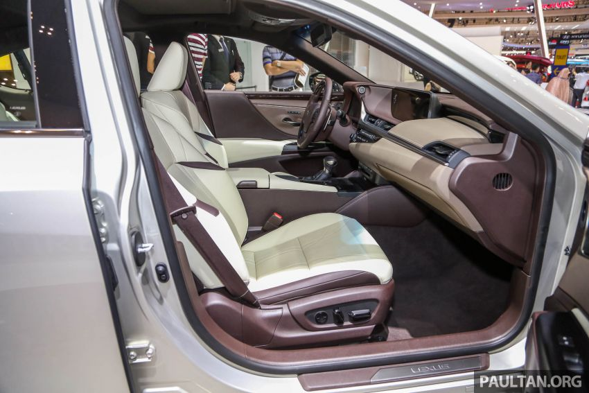 GIIAS 2018: New Lexus ES 300h launched in Indonesia Image #846555