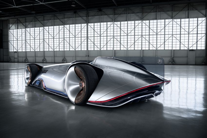 Mercedes-Benz Vision EQ Silver Arrow revealed at Pebble Beach – all-electric, single-seat, 738 hp concept Image #855426