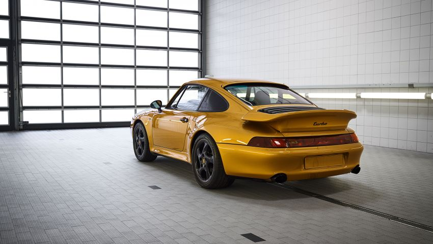 Porsche reveals Project Gold – one-off 993 Turbo S Image #855880