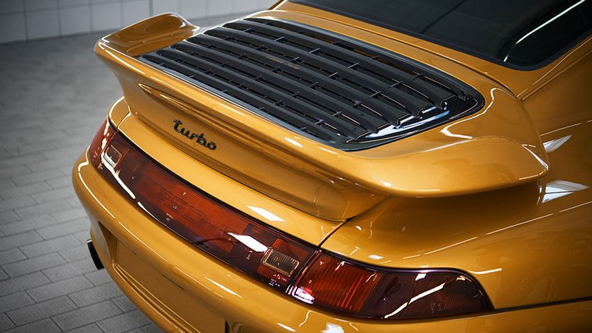 Porsche reveals Project Gold – one-off 993 Turbo S Image #855912