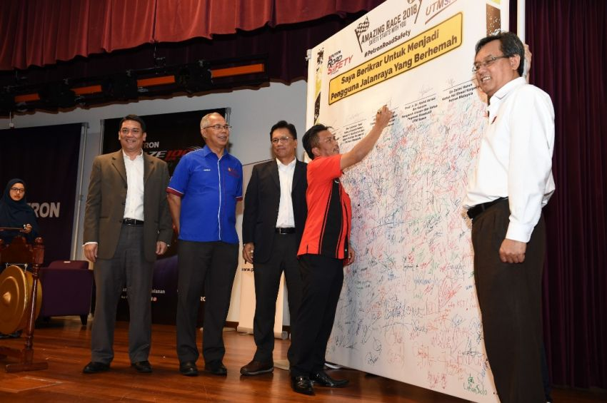 Petron kicks off Road Safety Program in UTM KL, aims to inculcate good driving habits to 5,000 students Image #849328
