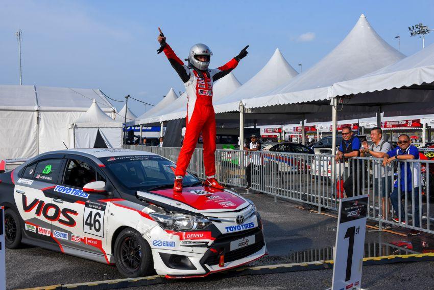 Perlumbaan kedua <em>Vios Challenge</em> di Terengganu terus dipenuhi aksi-aksi dramatik dan semangat tinggi Image #847487