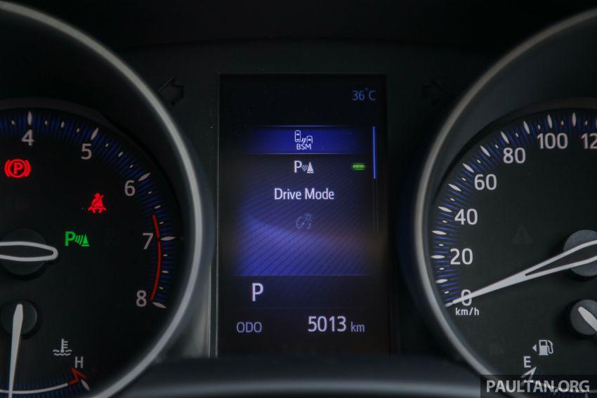 PANDU UJI: Toyota C-HR – Penyatuan ekspresi gaya dan prestasi kuasa; berbaloikah dengan harganya? Image #855169