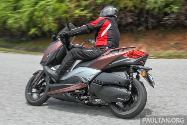 ניס REVIEW: 2018 Yamaha XMax 250 - scooterific fun JE-87