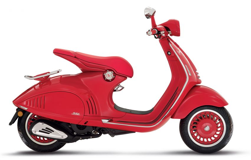 Vespa limited edition scooters in Malaysia – Vespa 946 (RED), Sprint Carbon and Sei Giorni, from RM17,400 Image #861491