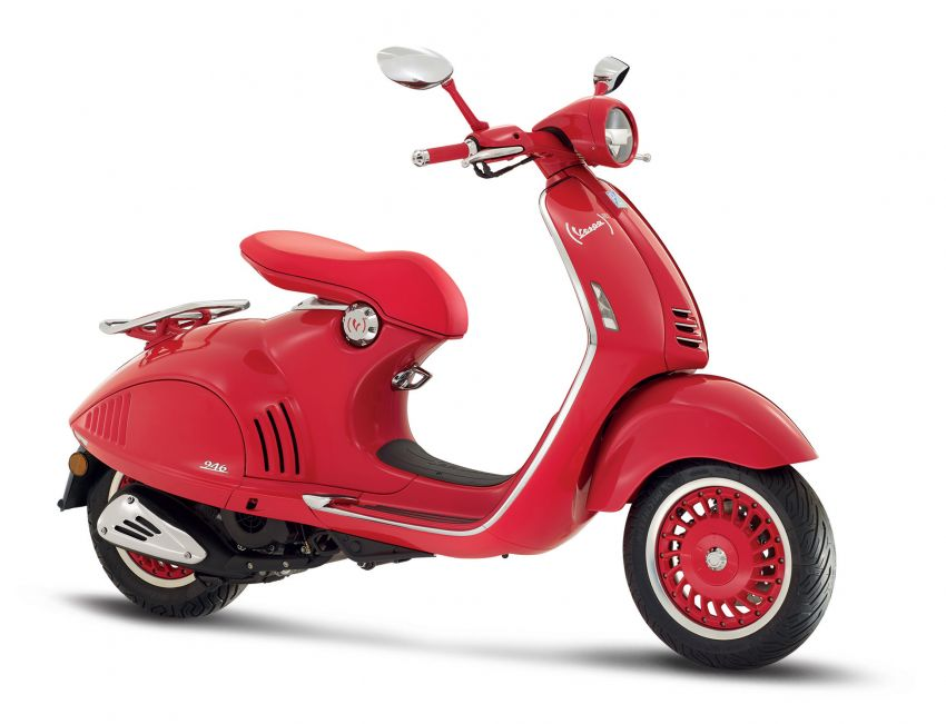 Vespa limited edition scooters in Malaysia – Vespa 946 (RED), Sprint Carbon and Sei Giorni, from RM17,400 Image #861493