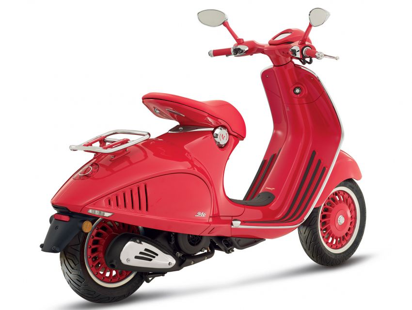 Vespa limited edition scooters in Malaysia – Vespa 946 (RED), Sprint Carbon and Sei Giorni, from RM17,400 Image #861495