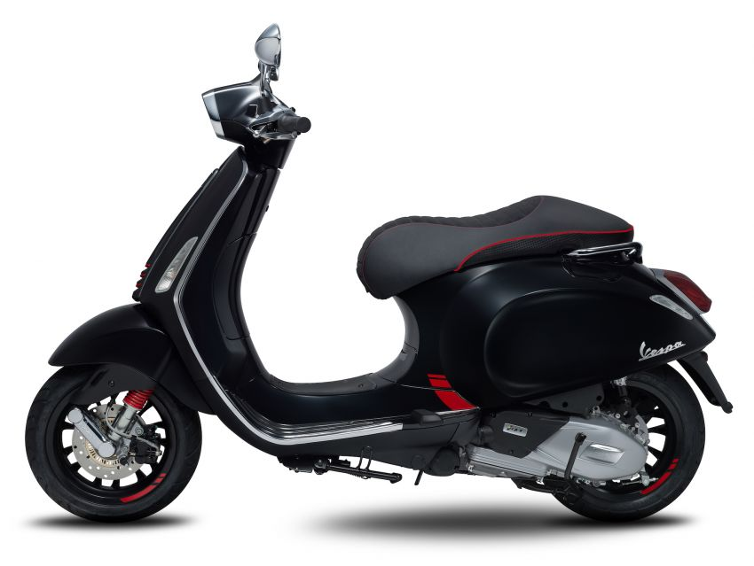 Vespa limited edition scooters in Malaysia – Vespa 946 (RED), Sprint Carbon and Sei Giorni, from RM17,400 Image #861509