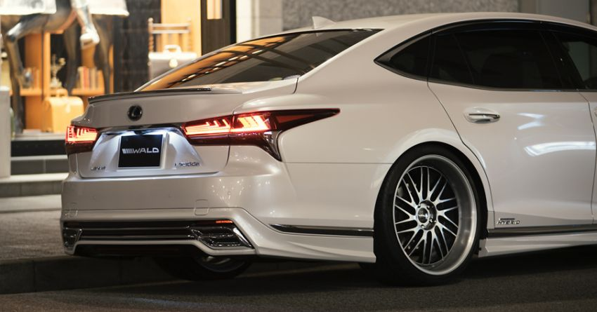 Lexus LS gets sinister makeover by Wald International Image #859919