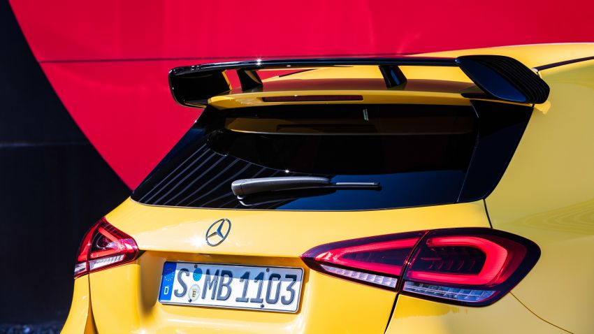 Mercedes-AMG A35 4Matic debuts – 306 hp, 400 Nm! Image #862395