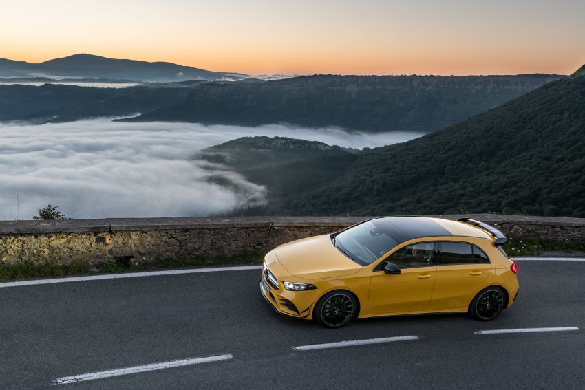 Mercedes-AMG A35 4Matic debuts – 306 hp, 400 Nm! Image #862396