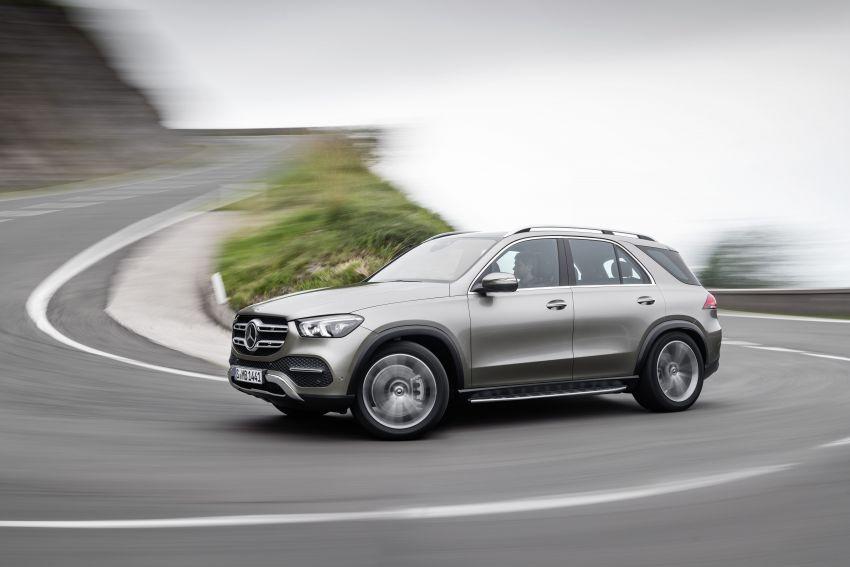 Mercedes-Benz GLE W167 diperkenal dengan pilihan enjin hibrid ringkas 48V enam silinder, sistem baru Image #859942