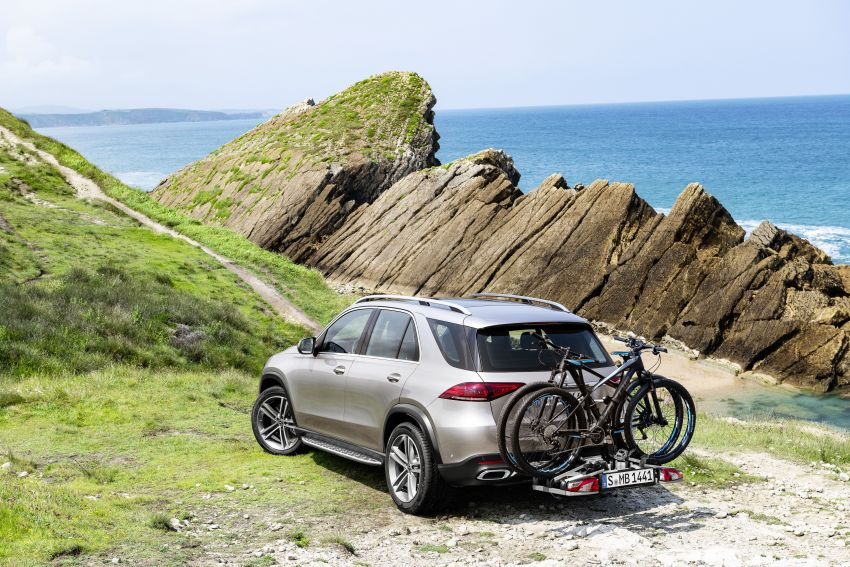 V167 Mercedes-Benz GLE debuts with 48V mild hybrid inline-six, MBUX, new styling, E-Active Body Control Image #859441