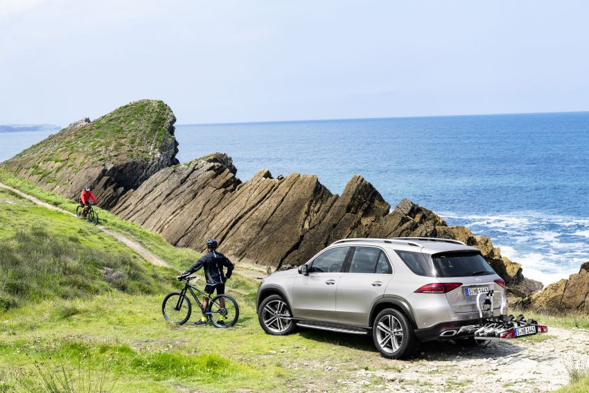 V167 Mercedes-Benz GLE debuts with 48V mild hybrid inline-six, MBUX, new styling, E-Active Body Control Image #859442