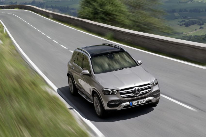 V167 Mercedes-Benz GLE debuts with 48V mild hybrid inline-six, MBUX, new styling, E-Active Body Control Image #859432