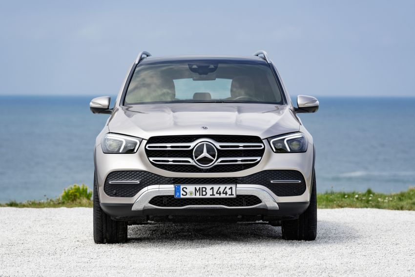 V167 Mercedes-Benz GLE debuts with 48V mild hybrid inline-six, MBUX, new styling, E-Active Body Control Image #859453