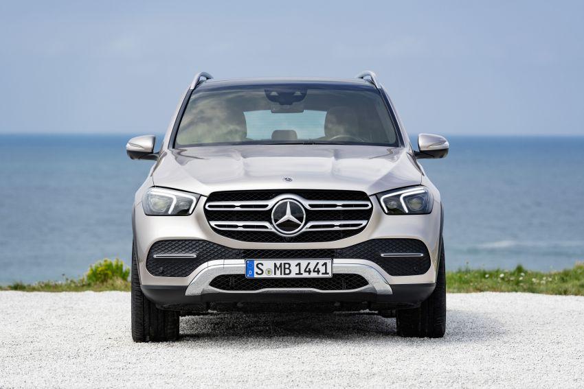 Mercedes-Benz GLE W167 diperkenal dengan pilihan enjin hibrid ringkas 48V enam silinder, sistem baru Image #859973