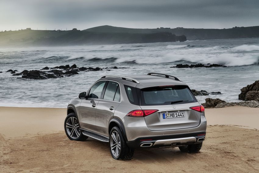 V167 Mercedes-Benz GLE debuts with 48V mild hybrid inline-six, MBUX, new styling, E-Active Body Control Image #859467