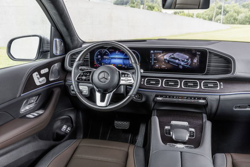 V167 Mercedes-Benz GLE debuts with 48V mild hybrid inline-six, MBUX, new styling, E-Active Body Control Image #859468