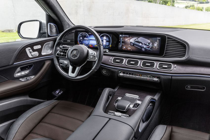 V167 Mercedes-Benz GLE debuts with 48V mild hybrid inline-six, MBUX, new styling, E-Active Body Control Image #859469