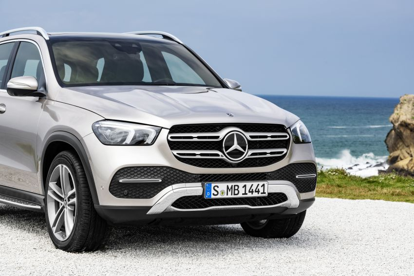 V167 Mercedes-Benz GLE debuts with 48V mild hybrid inline-six, MBUX, new styling, E-Active Body Control Image #859474