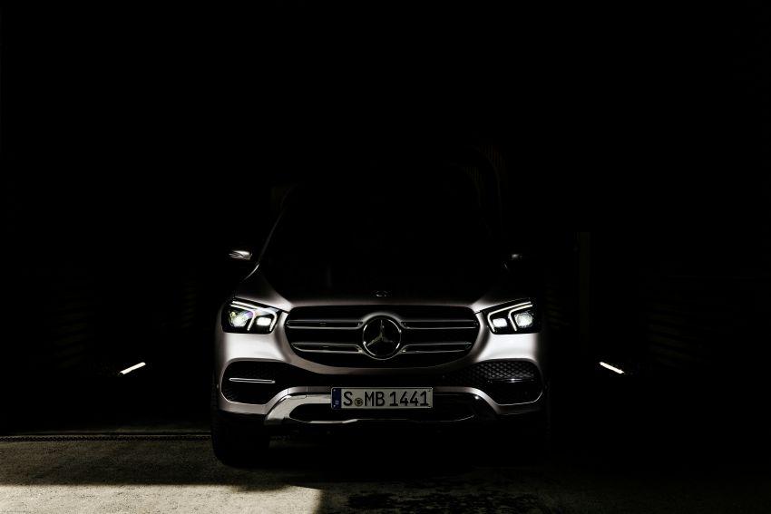 Mercedes-Benz GLE W167 diperkenal dengan pilihan enjin hibrid ringkas 48V enam silinder, sistem baru Image #860008