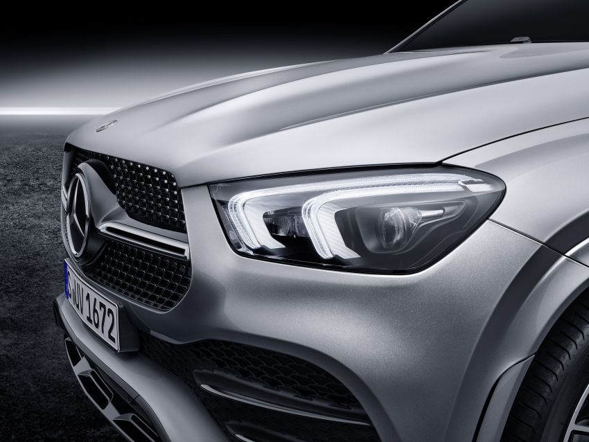 V167 Mercedes-Benz GLE debuts with 48V mild hybrid inline-six, MBUX, new styling, E-Active Body Control Image #859500
