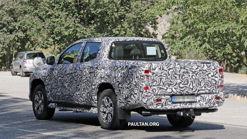 SPYSHOT: Mitsubishi Triton <em>facelift</em> 2019 dilihat lagi Image #856867