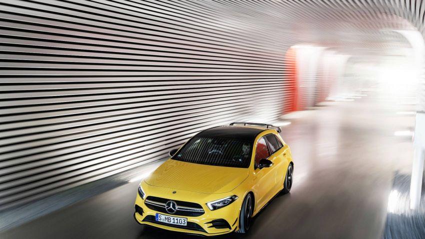 Mercedes-AMG A 35 4Matic didedahkan – 2.0L turbo, 306 hp dan 400 Nm, AWD; Pencabar terus VW Golf R! Image #862348