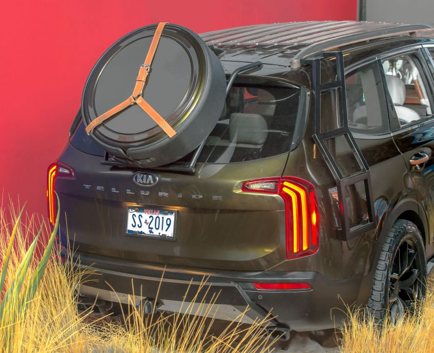 Bespoke Kia Telluride debuts – eight-seat SUV, new V6 Image #860060