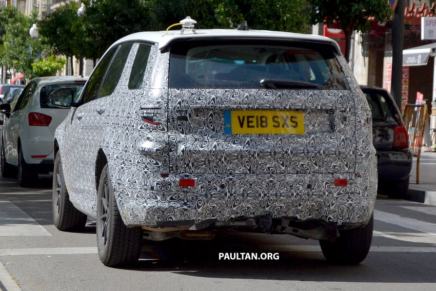 SPIED: Land Rover Discovery Sport facelift testing Image #864180