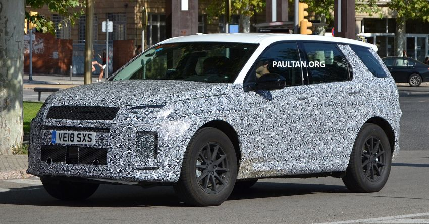 SPIED: Land Rover Discovery Sport facelift testing Image #864173