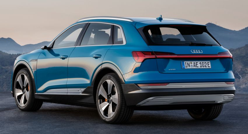 Audi e-tron buat penampilan global – SUV elektrik produksi pertama daripada Audi, kuasa 355 hp/561 Nm Image #863207
