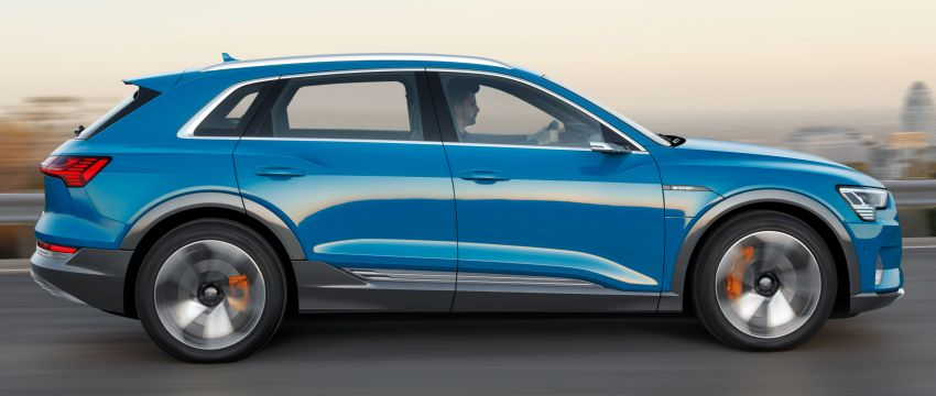 Audi e-tron buat penampilan global – SUV elektrik produksi pertama daripada Audi, kuasa 355 hp/561 Nm Image #863209