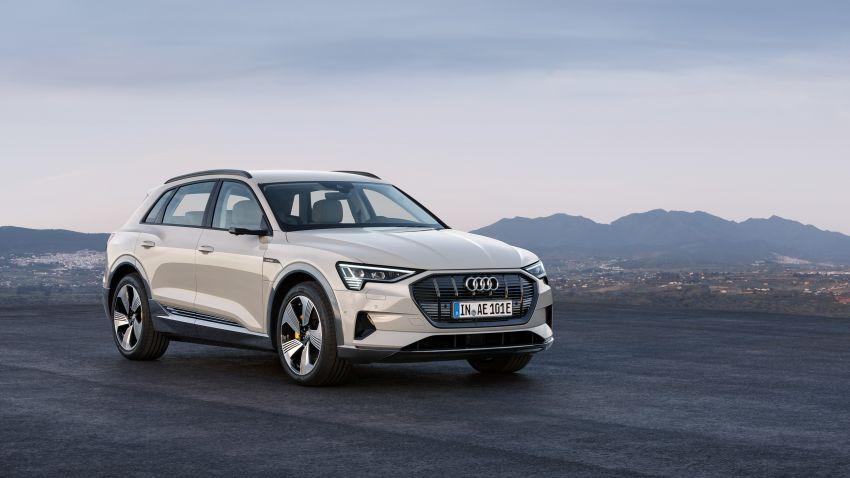 Audi e-tron buat penampilan global – SUV elektrik produksi pertama daripada Audi, kuasa 355 hp/561 Nm Image #863210