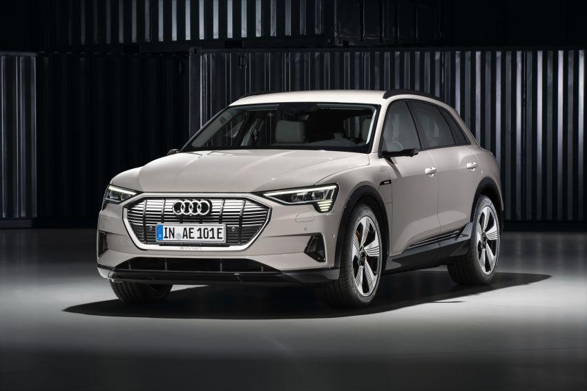 Audi e-tron buat penampilan global – SUV elektrik produksi pertama daripada Audi, kuasa 355 hp/561 Nm Image #863217