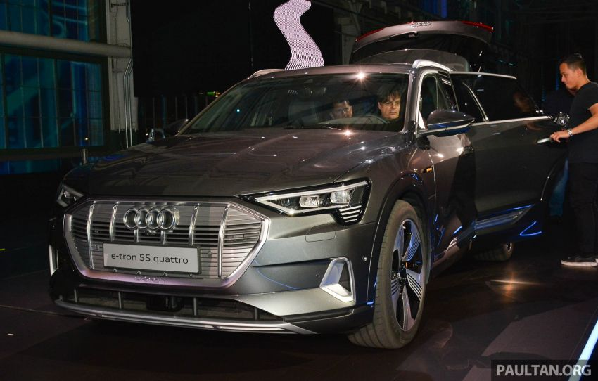 Audi e-tron celebrates global debut in San Francisco – brand's first series production, all-electric SUV Image #862100