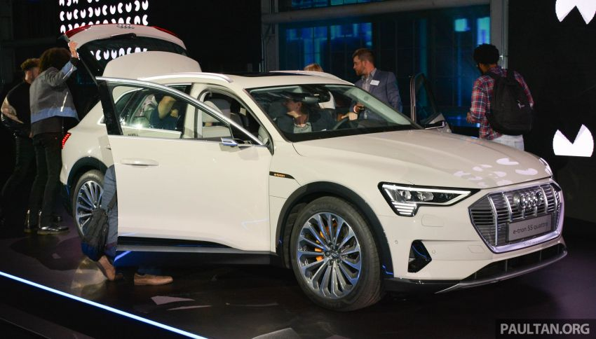 Audi e-tron celebrates global debut in San Francisco – brand's first series production, all-electric SUV Image #862102