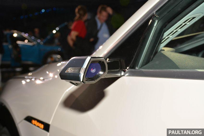 Audi e-tron buat penampilan global – SUV elektrik produksi pertama daripada Audi, kuasa 355 hp/561 Nm Image #863235