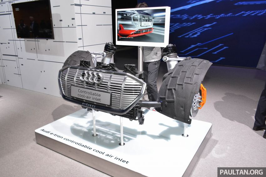 Audi e-tron celebrates global debut in San Francisco – brand's first series production, all-electric SUV Image #861838