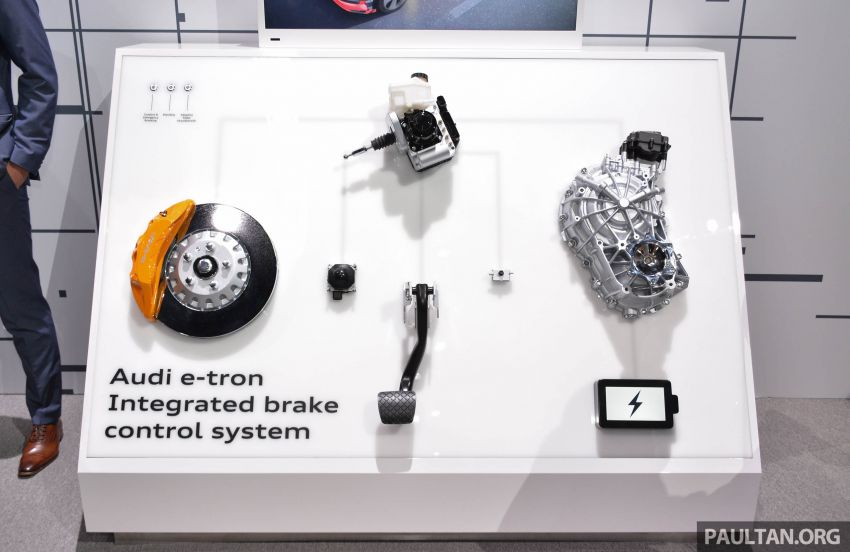 Audi e-tron celebrates global debut in San Francisco – brand's first series production, all-electric SUV Image #861848